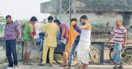ভারতীয় ড্রাইভারদের অবাধ বিচরণ, ঝুঁকিতে বেনাপোলবাসী