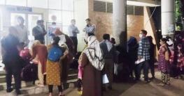 ভারতে পাচার হওয়া আরও ১৯ তরুণী বেনাপোল দিয়ে দেশে ফিরলো