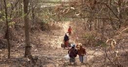 ভারতে ছুটছে মিয়ানমারের হাজারো মানুষ