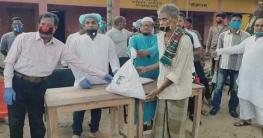 মনিরামপুরে ৮০০ পরিবারকে আ.লীগ নেতা আলমগীরের উপহার